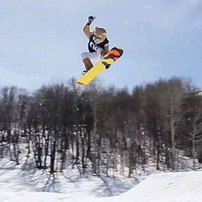 Cosmo Snowboarding 2018_0.jpg