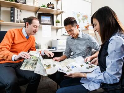 Academic & Career Advisors