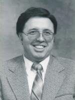 Photo of Roger W. Gull