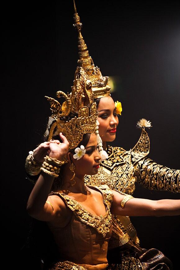 Royal_Ballet_Cambodia_6-credit_Thommy_Keat-580px.jpg