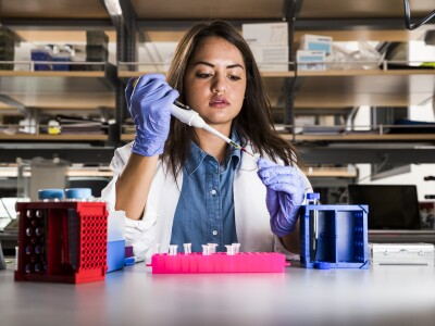 girl working in lab.jpg