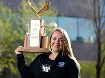 Four green thumbs: BYU senior wins 4th landscaping championship