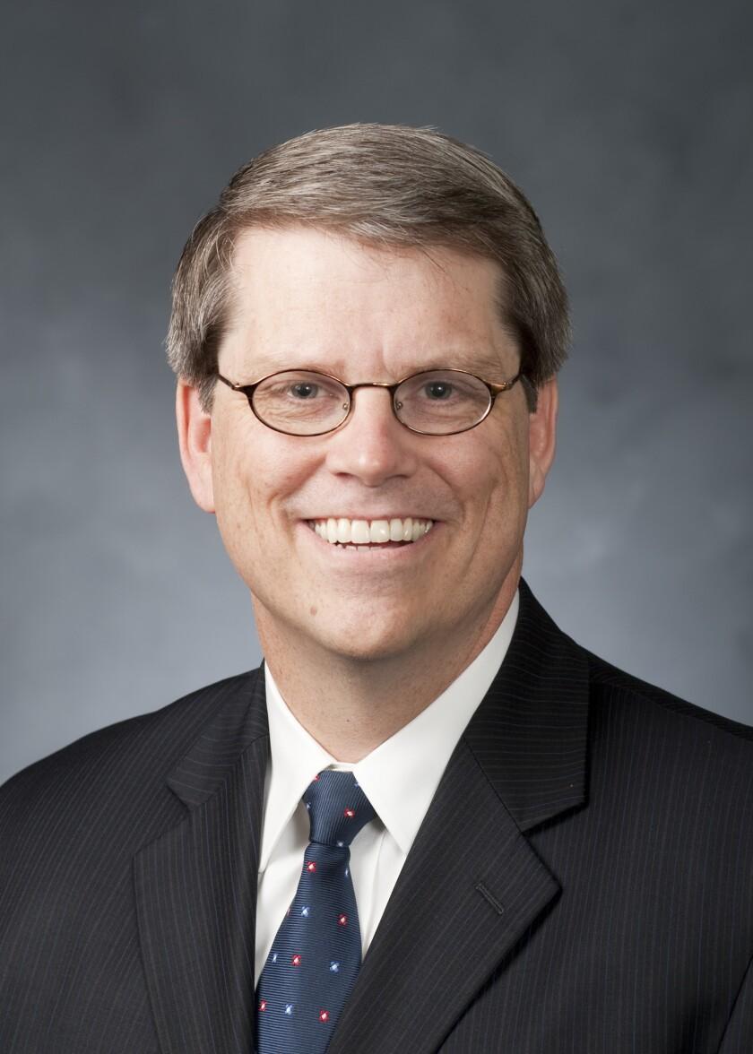 Smith, Gordon 08.jpg