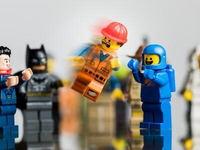 Lego people celebrating