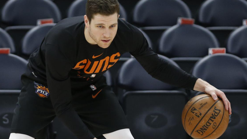Jimmer Fredette has signed a two-year contract with the Phoenix Suns.