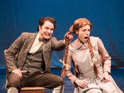 Derek Johnson as Gilbert Blythe and Esther Pielstick as Anne Shirley
