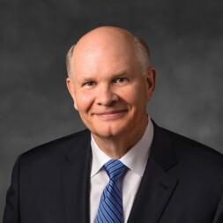 A portrait of Elder Renlund.