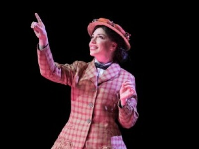 Capturing the Magic of Mary Poppins