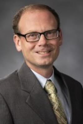 Photo of Associate Professor Brian Roberts