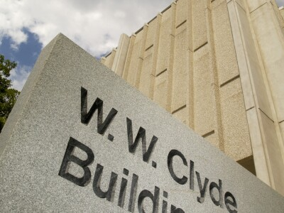 2004_Clyde Building_Entrance sign.jpg