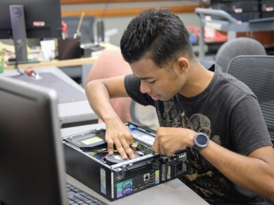 Free gadget repairs and troubleshooting available for students from the CIS Department