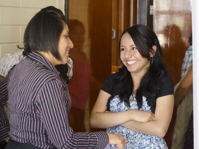 2 Friends Talking Image
