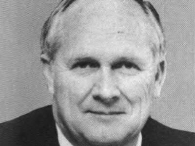 Dr. Howard Nielsen