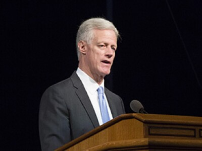 Find Ways to Increase Inspiring Learning In and Out of the Classroom, President Worthen Urges