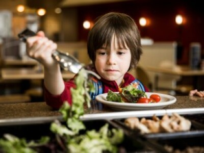 Salad bars in public schools: How to get kids to use them