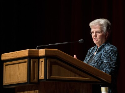Prolific composer and songwriter Janice Kapp Perry awarded honorary doctorate degree