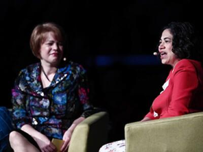 Sisters Sharon Eubank and Reyna Aburto