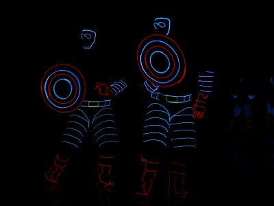 BYU electrical engineers light up ballroom dancers