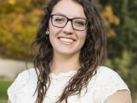 Sarah Aviles Headshot