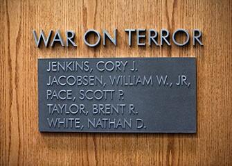 memorial plaque335.jpg