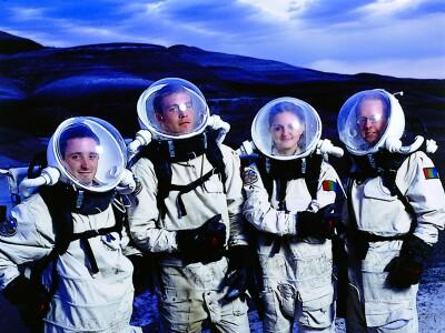 Preparing earthlings for Mars