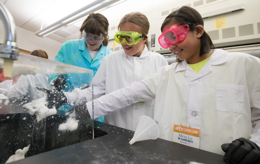 Elementary students create soap fountains for chem camp