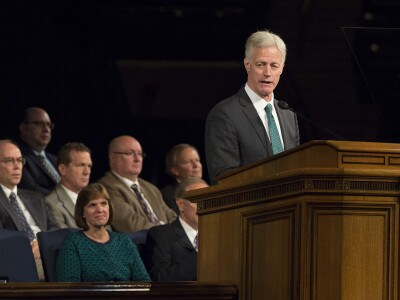 Learning and Lifting: President Worthen Shares Vision at University Conference
