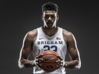 Image of Yoeli Childs holding a basketball.